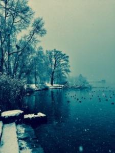 Blau see winter